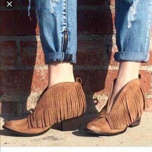 Free People fringe ankle boots sz 9.5